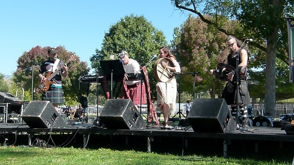 Thee Corvids, live at 2015 treasure valley celtic festival